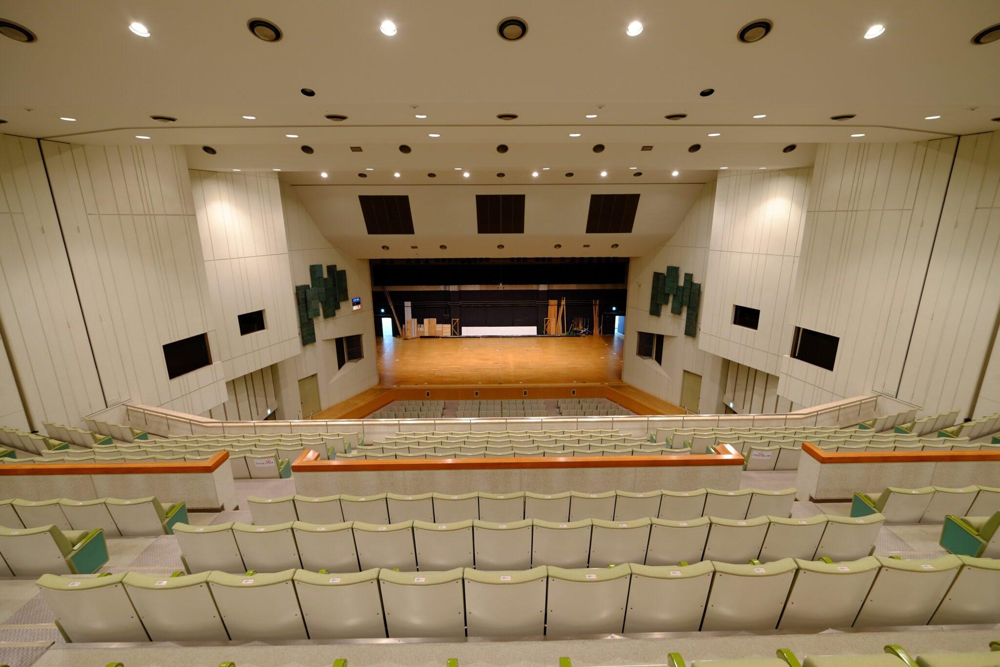 グリーンホール大ホール 3階席から舞台
